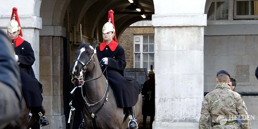 changing_of_the_guards_horse_guards_1